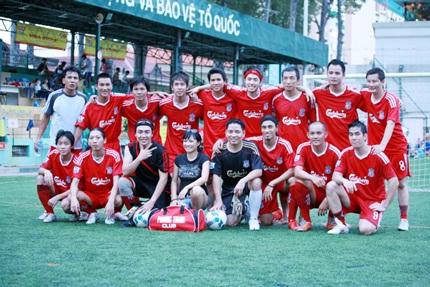 Phương Thanh bất ngờ đổi tên đội bóng - 1