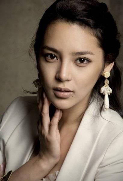 """Hành trình tới """"thiên nga"""" của người đẹp dao kéo Park Shi Yeon - 17"""