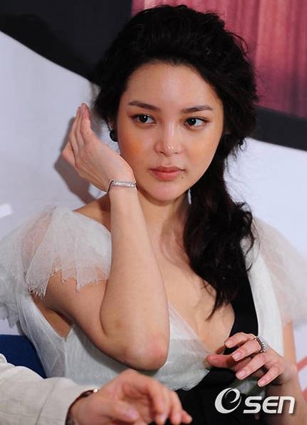 """Hành trình tới """"thiên nga"""" của người đẹp dao kéo Park Shi Yeon - 22"""