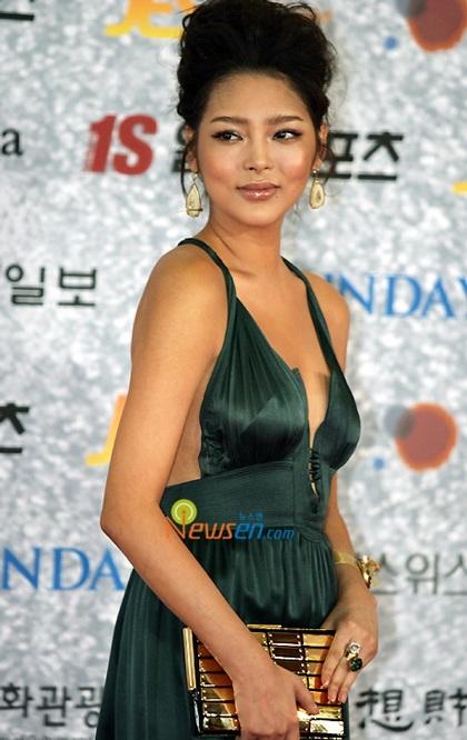 """Hành trình tới """"thiên nga"""" của người đẹp dao kéo Park Shi Yeon - 9"""