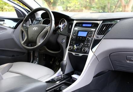 Hyundai Thành Công chính thức ra mắt Sonata 2010 - 11