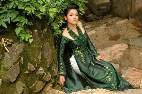 Ngắm Việt Trinh đẹp lạ lùng trong bộ ảnh mới - 5