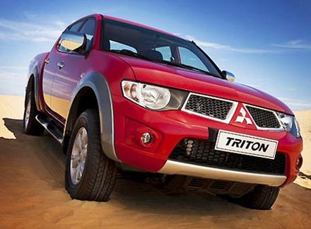 Thêm Ford và Mitsubishi giảm giá, tăng khuyến mại - 2