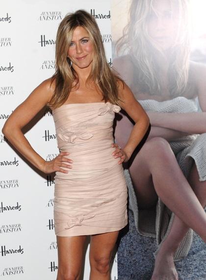 Jennifer Aniston quảng cáo nước hoa mới tại Anh - 11