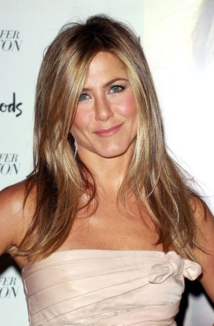 Jennifer Aniston quảng cáo nước hoa mới tại Anh - 7