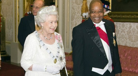 Nữ hoàng Anh tiết lộ nhiều ảnh riêng tư trên mạng - 5