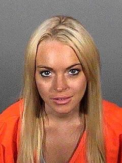 Lindsay Lohan làm gì trong tù? - 1