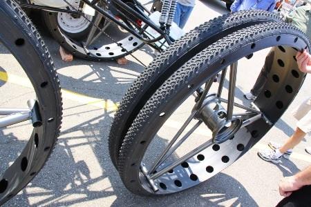 """Xe đạp 4 chỗ, 4 bánh """"siêu khủng"""" - 8"""