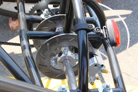 """Xe đạp 4 chỗ, 4 bánh """"siêu khủng"""" - 9"""