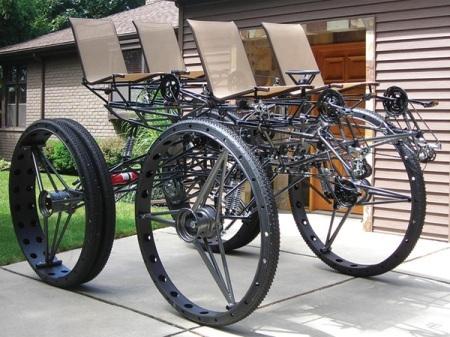 """Xe đạp 4 chỗ, 4 bánh """"siêu khủng"""" - 1"""