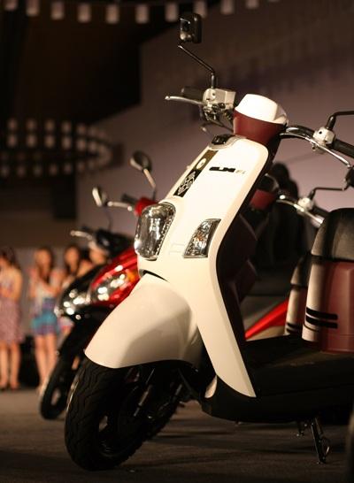 Yamaha Việt Nam ra mắt hai xe mới - 4