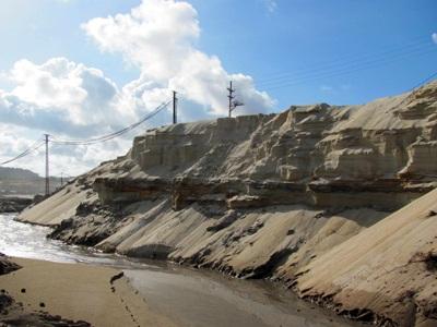 """Cận cảnh những """"núi đất"""" khổng lồ ở mỏ sắt lớn nhất nước - 2"""