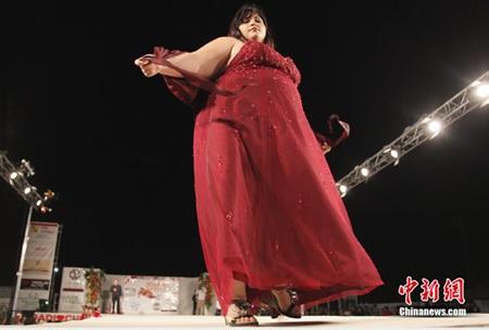 "Thi ""Hoa hậu mũm mĩm"" ở Italia - 5"