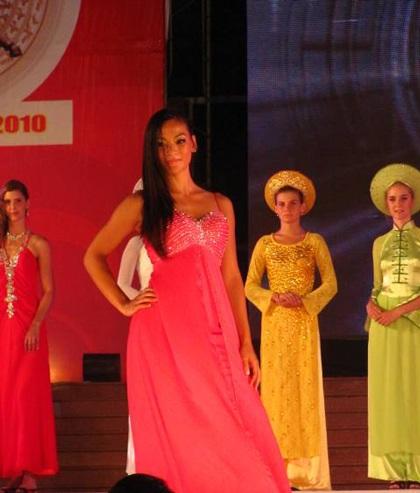 Lộ diện người đẹp võ thuật cổ truyền Việt Nam - 2