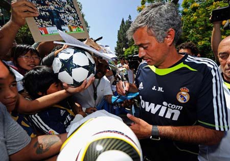 Mourinho muốn trở thành huyền thoại tại Real Madrid - 1