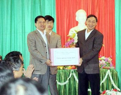 Chỉ định người điều hành thay Chủ tịch tỉnh Hà Giang - 1