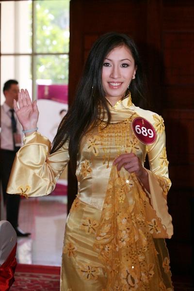 Jennifer Phạm làm MC chung kết Hoa hậu thế giới người Việt - 9