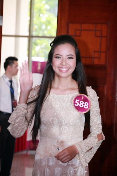 Jennifer Phạm làm MC chung kết Hoa hậu thế giới người Việt - 10