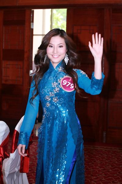 Jennifer Phạm làm MC chung kết Hoa hậu thế giới người Việt - 12