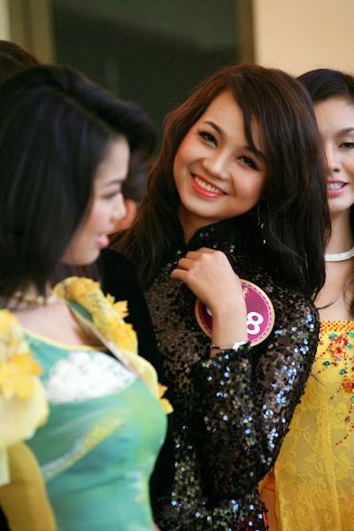 Jennifer Phạm làm MC chung kết Hoa hậu thế giới người Việt - 18