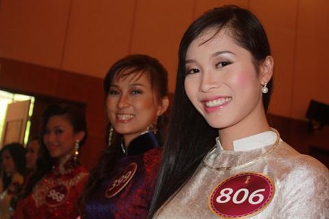 Jennifer Phạm làm MC chung kết Hoa hậu thế giới người Việt - 24