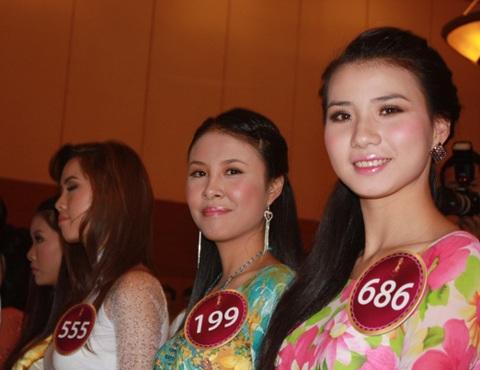 Jennifer Phạm làm MC chung kết Hoa hậu thế giới người Việt - 27