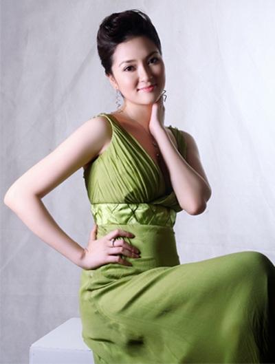 HH Nguyễn Thị Huyền: Không hiền như vẻ bề ngoài - 3