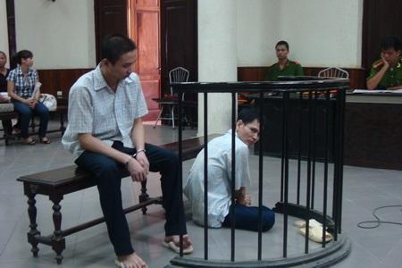 Nhát dao oan nghiệt đẩy 2 cha con vào tù - 1