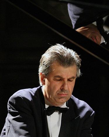 Nghệ sỹ piano nổi tiếng của Pháp biểu diễn tại Hà Nội - 1