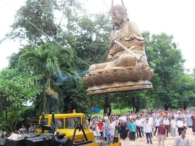Cung đón tượng Phật Thích Ca Mâu Ni lớn nhất miền Trung - 2