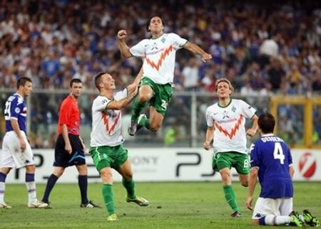 Đại diện TBN và Italia bật bãi khỏi vòng bảng Champions League - 2