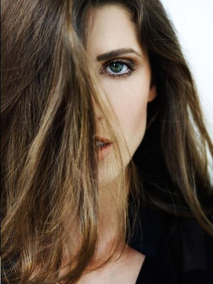 Vẻ đẹp lôi cuốn của siêu mẫu Michelle Alves - 13