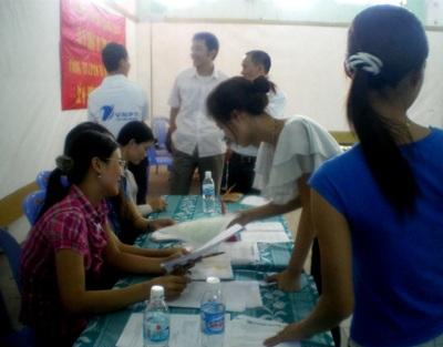 Ngày hội tư vấn học nghề và việc làm đầu tiên tại Nghệ An  - 2