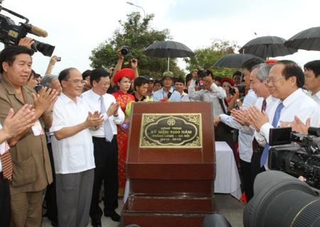 Khai trương ngôi làng lớn nhất Việt Nam - 1