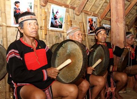 Khai trương ngôi làng lớn nhất Việt Nam - 5
