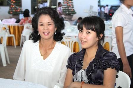 Người Việt tại Lào náo nức hướng về đại lễ ngàn năm  - 2