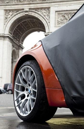 BMW 1M Coupe bất ngờ xuất hiện tại Paris - 2