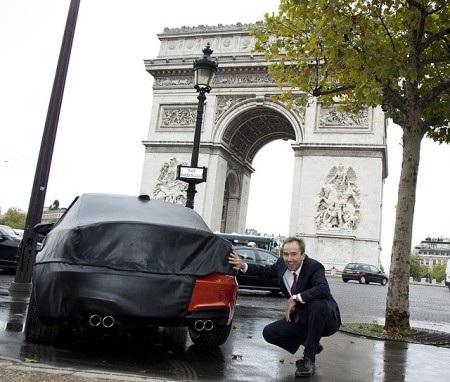 BMW 1M Coupe bất ngờ xuất hiện tại Paris - 3