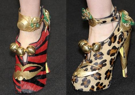"""Những kiểu giày dép """"hot"""" nhất tuần lễ thời trang Milan - 14"""