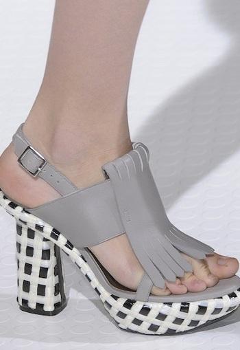 """Những kiểu giày dép """"hot"""" nhất tuần lễ thời trang Milan - 18"""