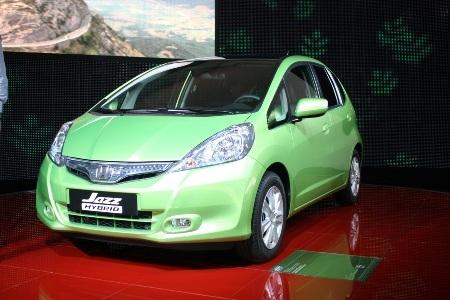 Honda Fit là xe hybrid rẻ nhất Nhật Bản  - 5