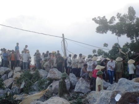 Thanh Hóa: Lở mỏ đá, 3 người thương vong - 3