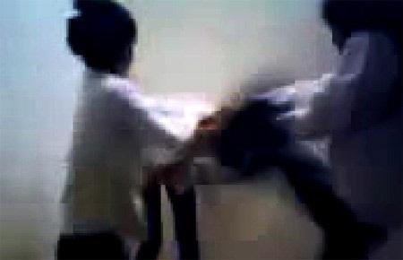 Lại ồn ào clip nữ sinh bị bạn đánh, lột quần áo dã man - 1