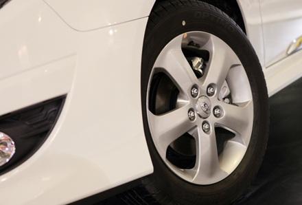 Hyundai Avante - Ngôi sao tại Auto Expo - 5