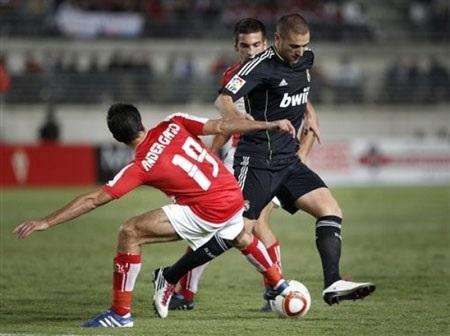 Real Madrid hòa bất lực trước Murcia - 2
