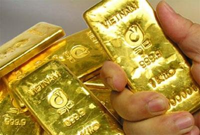 Giá vàng tạm lùi bước - 1