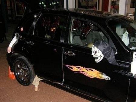 Hãi hùng xe trang trí kiểu Halloween - 4