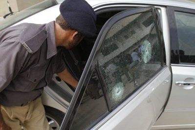 Các tay súng tấn công xe lãnh sự quán Nhật Bản ở Pakistan - 1