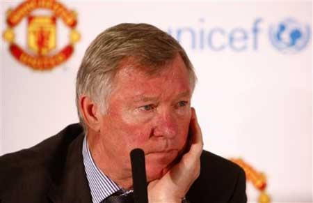 Rooney nghỉ 5 tuần, Ferguson quyết không mộ quân - 1