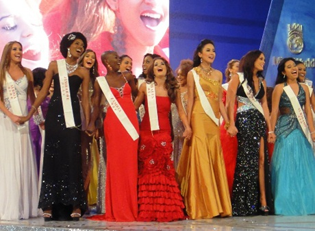 Kiều Khanh trong đêm chung kết Hoa hậu thế giới - 3
